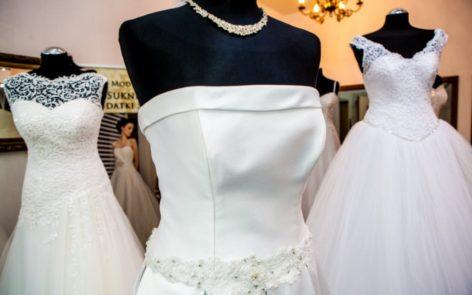 suknie ślubne z ekspozycji